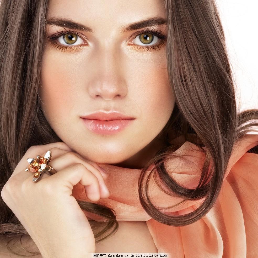 棕发 美女 气质美女 欧美美女 美容 护肤 外国模特 洋模特 美发 头发图片