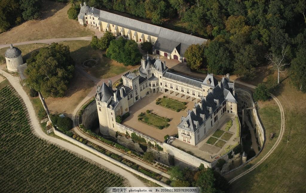 庄园 城堡 古堡 欧洲 别墅 豪宅 宫殿 园林 草地 大树 树林 航拍 鸟瞰