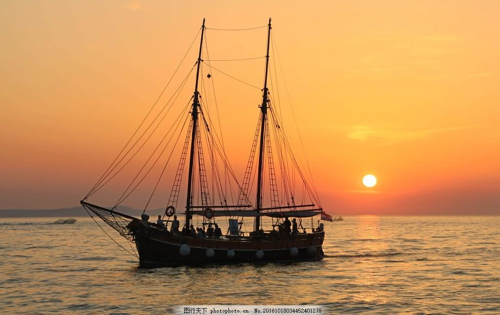 落日海面风景 海面上的船只 大海风景 海面风光 晚霞落日 天空风景