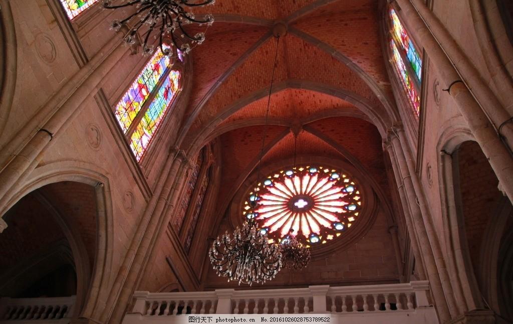 教堂 广州石室教堂 宗教建筑 彩色玻璃窗 古建筑 欧洲建筑 摄影图片