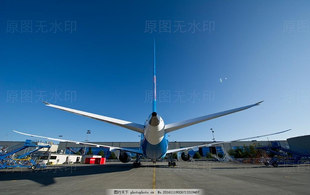 波音787客机飞机停靠机场 波音787 客机飞机航班 机翼翅膀引擎 发动机