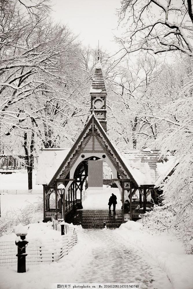 美丽木屋雪景图片素材 冬天风景 美丽公园风景 公园冬季风景 美丽雪景