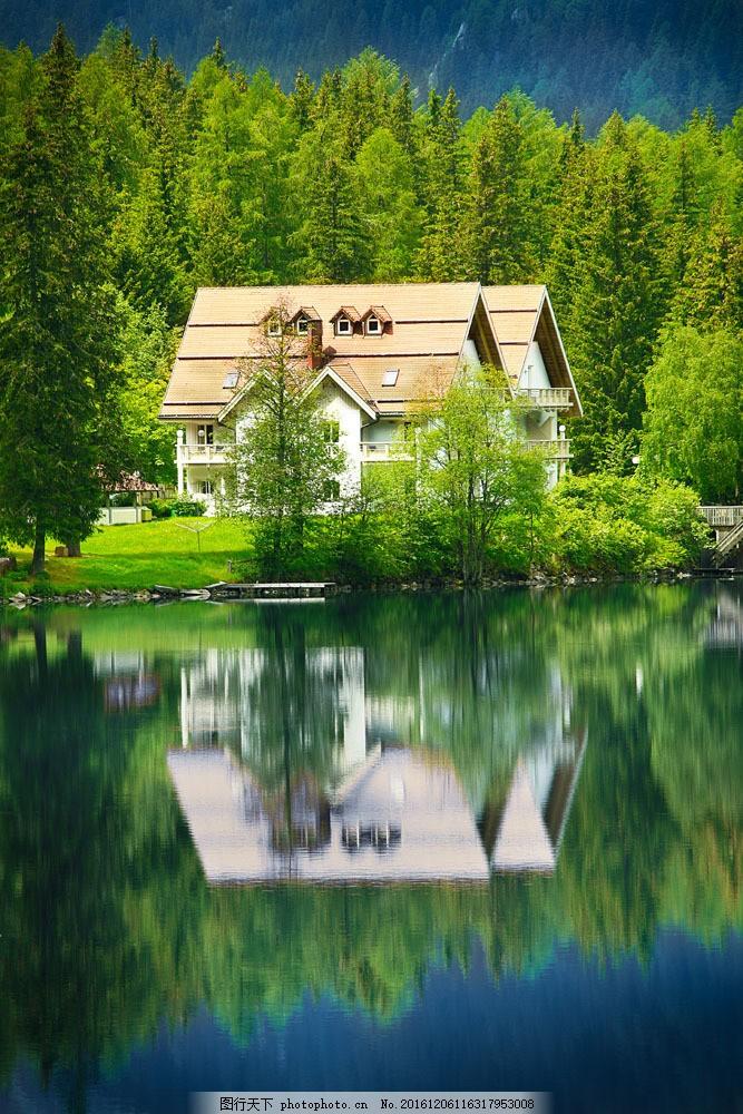 河边的别墅图片