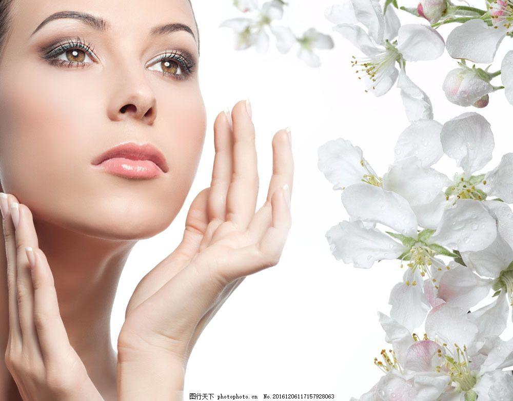 美容广告模特美女与鲜花图片