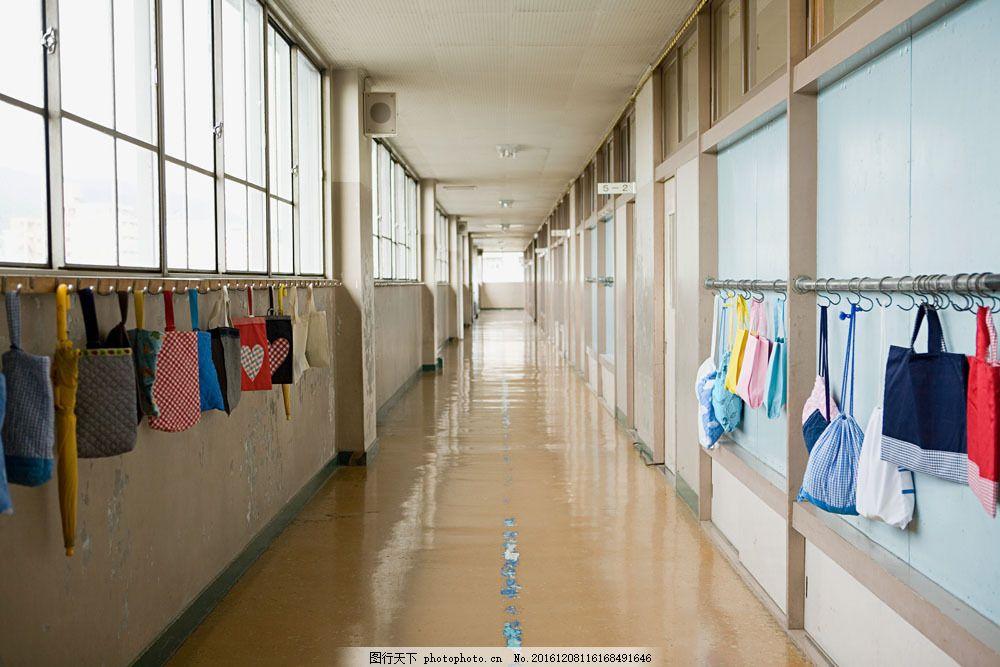 学校走廊图片