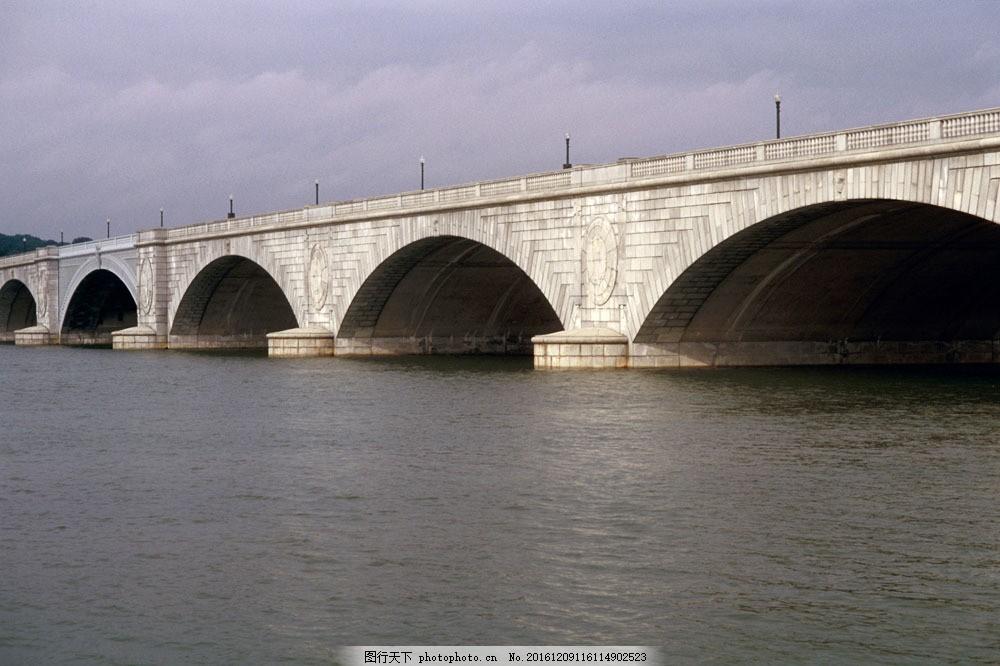 石拱桥 石拱桥图片素材 国外建筑 欧式建筑 欧洲建筑 建筑物 古典建筑