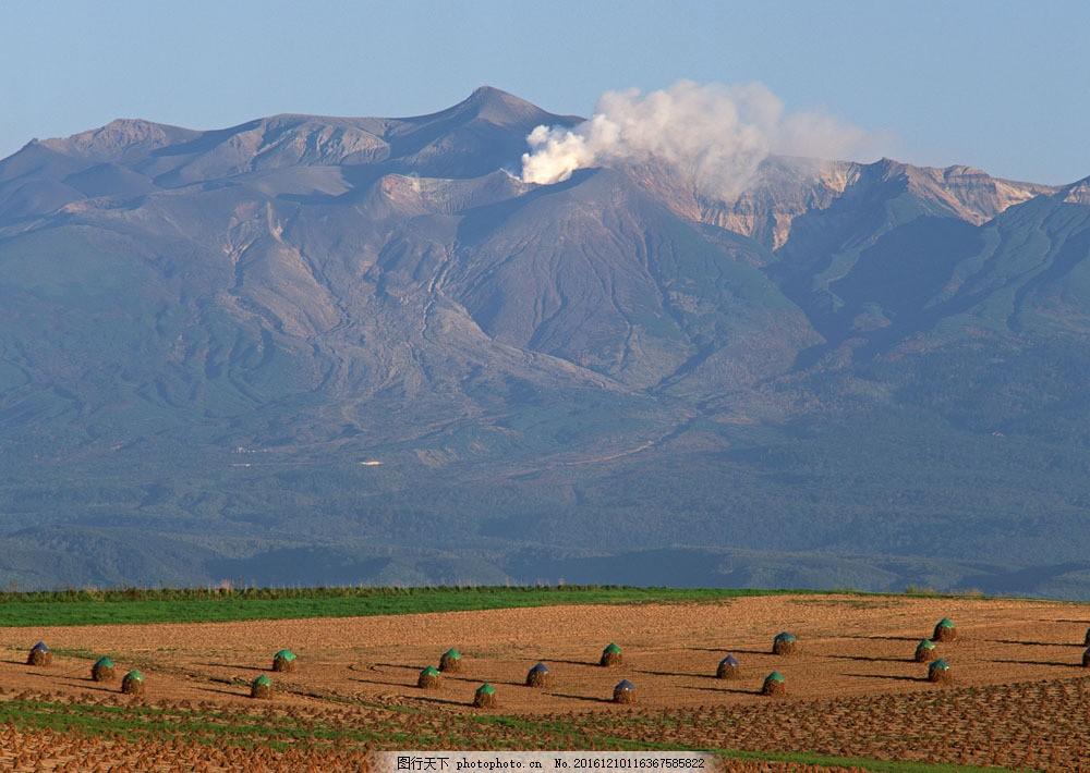 田园山峰摄影图片素材 四季风景 美丽风景 美景 自然景色 树木 田园风