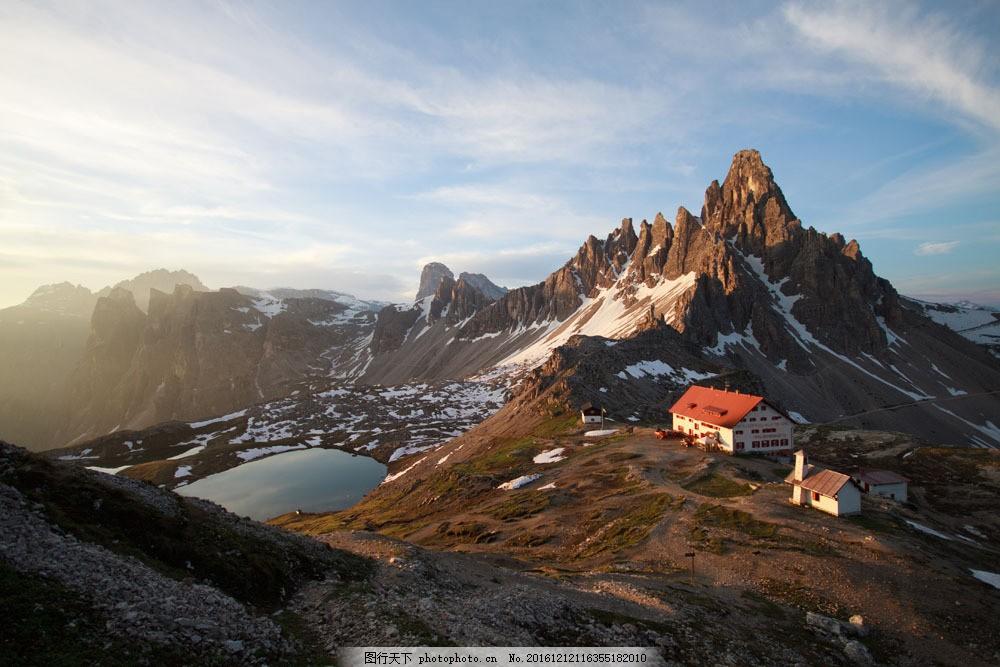 山上的房子图片