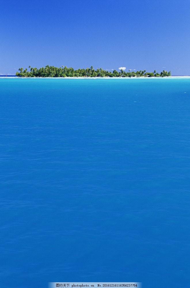 海上小岛图片