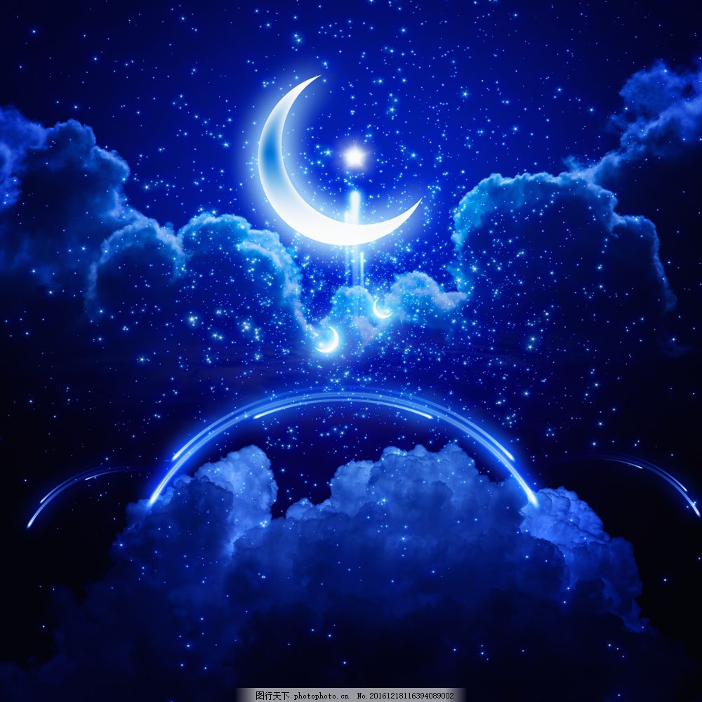 美丽的蓝色星空图片
