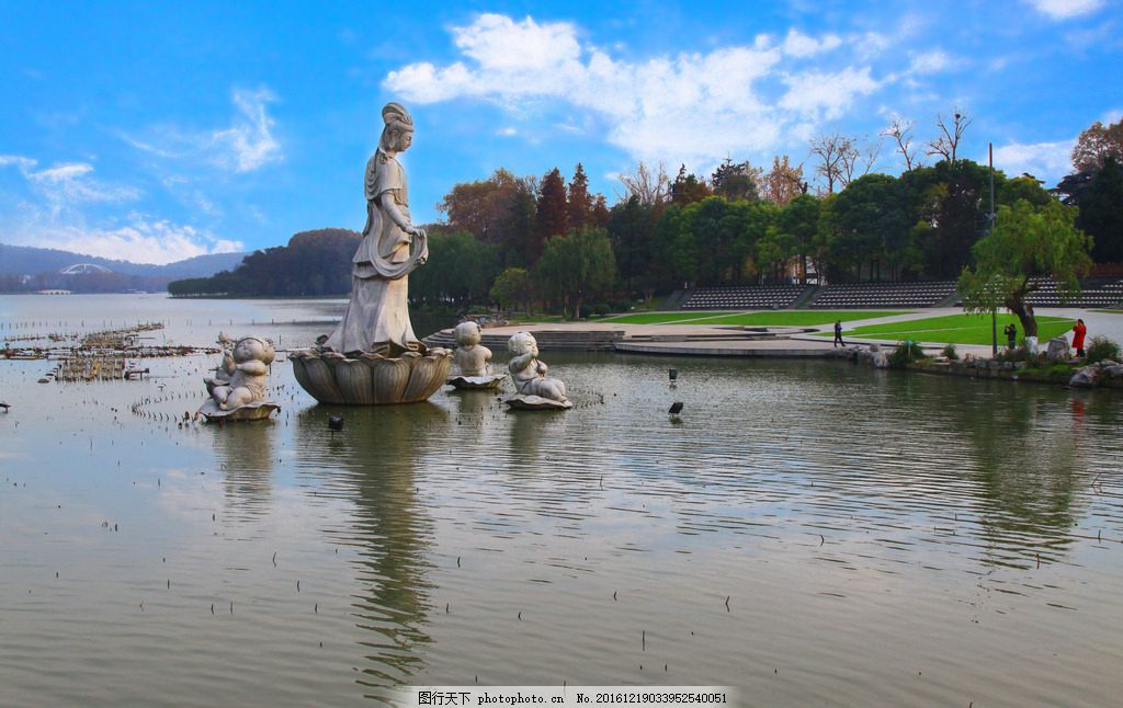 南京 玄武湖风光 江南三大名湖 湖水 水面 游船 倒影 湖边风景 旅游