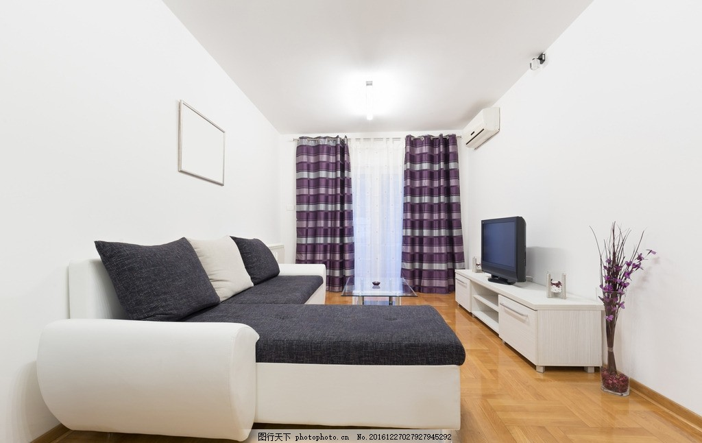 客厅 家居 家具 沙发 白色系 黑沙发 欧式客厅 简洁 简约 木地板
