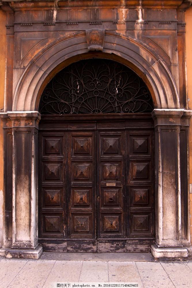 怀旧木门摄影 怀旧木门摄影图片素材 大门 欧式门 怀旧建筑 其他类别